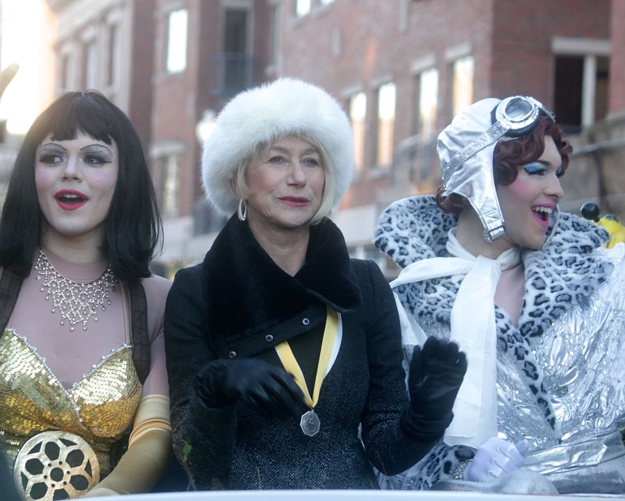 boston cambridge hasty pudding theatricals woman of the year helen mirren 1