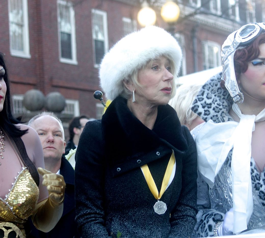 boston cambridge hasty pudding theatricals woman of the year helen mirren 2