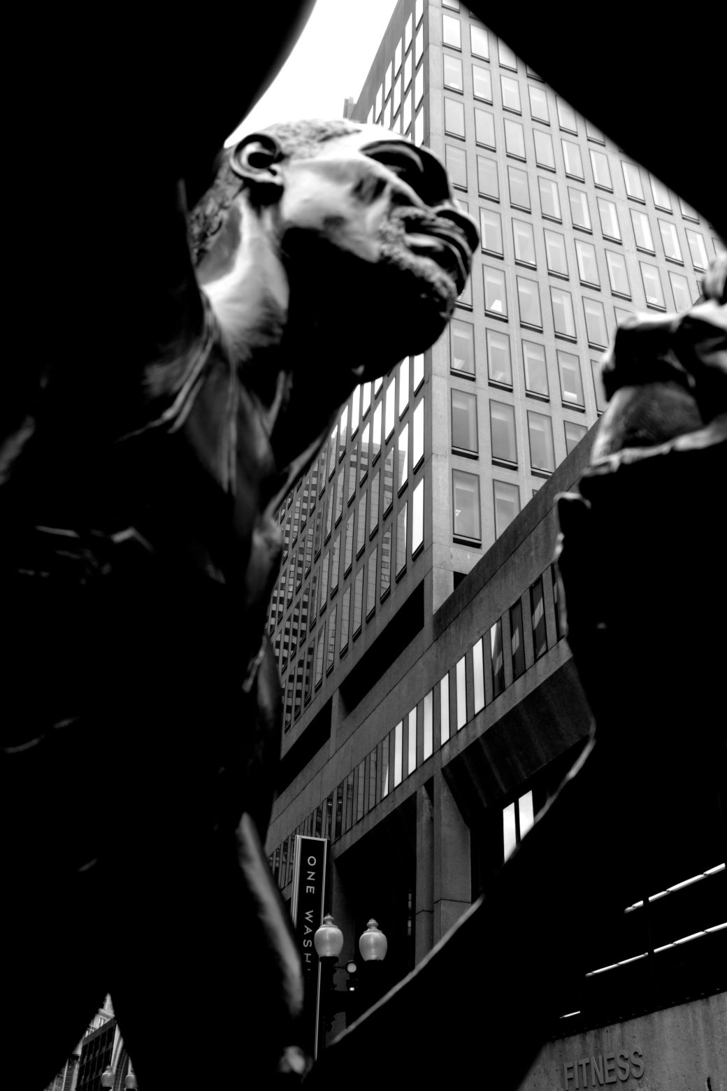 boston bill russell statue underneath