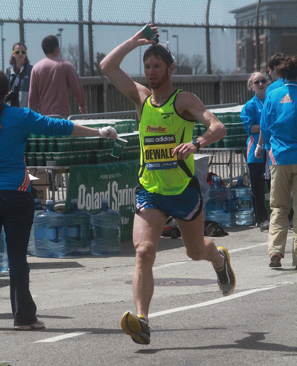 boston marathon april 21 beacon street elite runners dewald 2