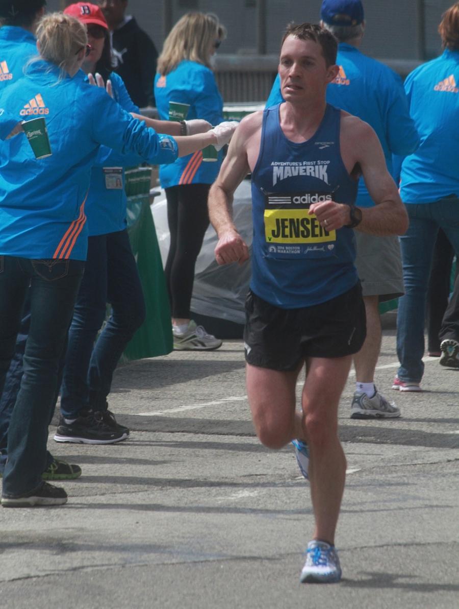 boston marathon april 21 beacon street elite runners jensen