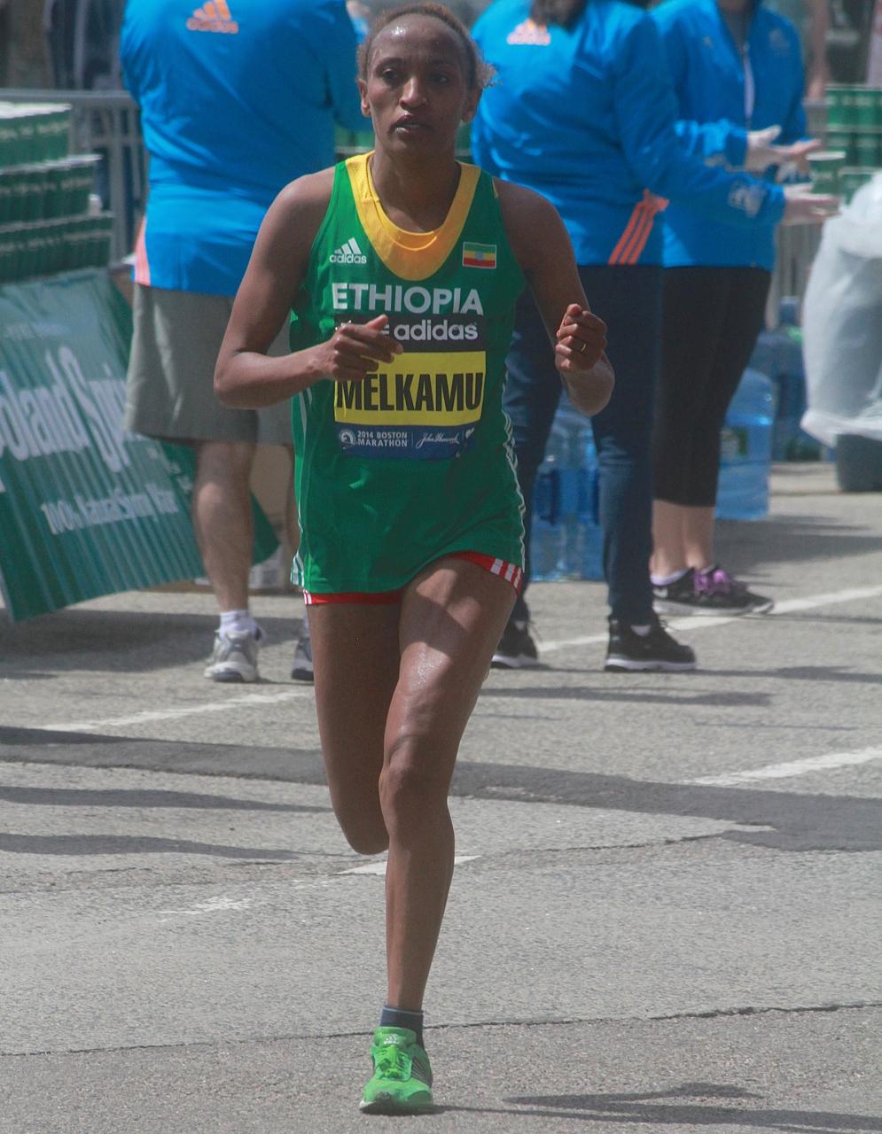 boston marathon april 21 beacon street elite runners meselech melkamu