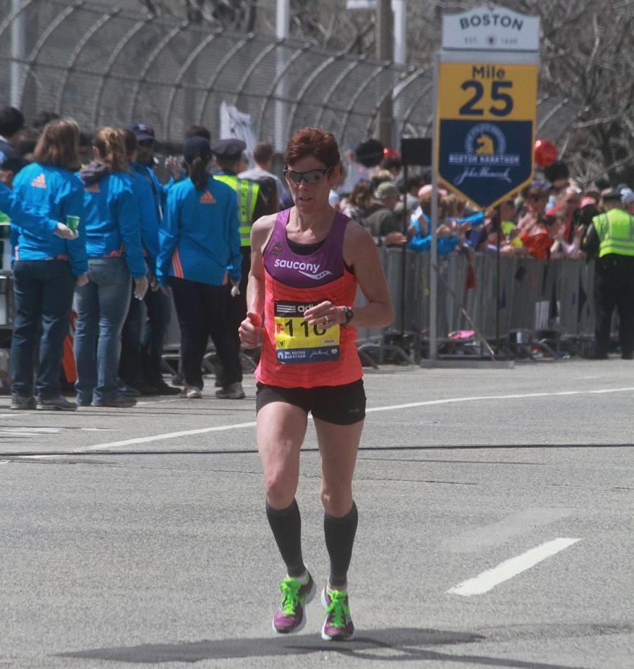 boston marathon april 21 beacon street elite runners number 110