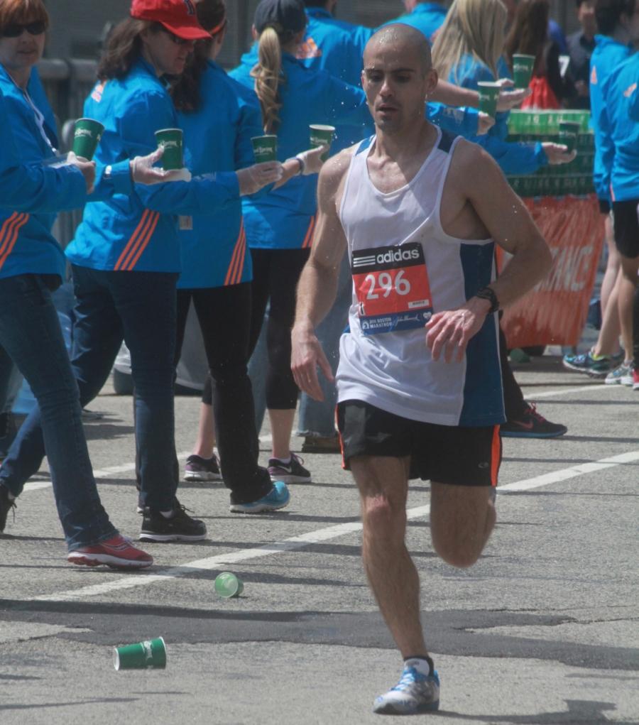 boston marathon april 21 beacon street elite runners number 296