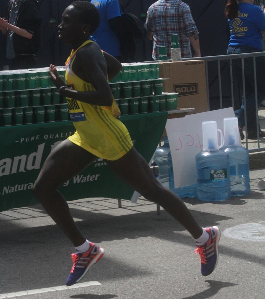 boston marathon april 21 beacon street elite runners philes ongori