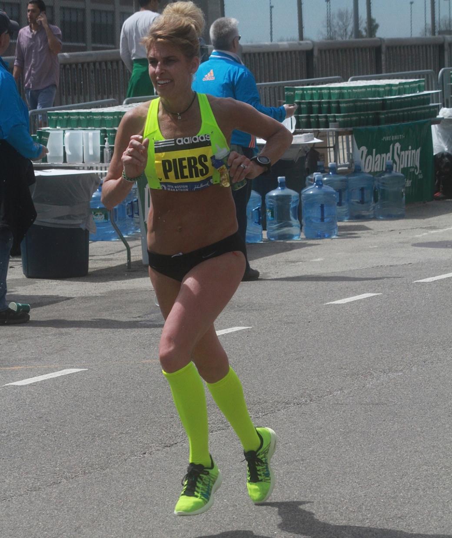 boston marathon april 21 beacon street elite runners piers 2