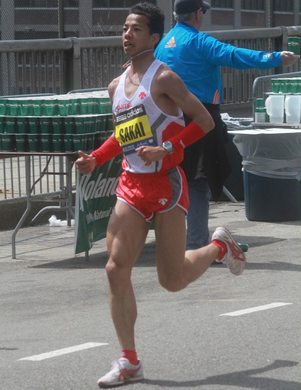 boston marathon april 21 beacon street elite runners sakai