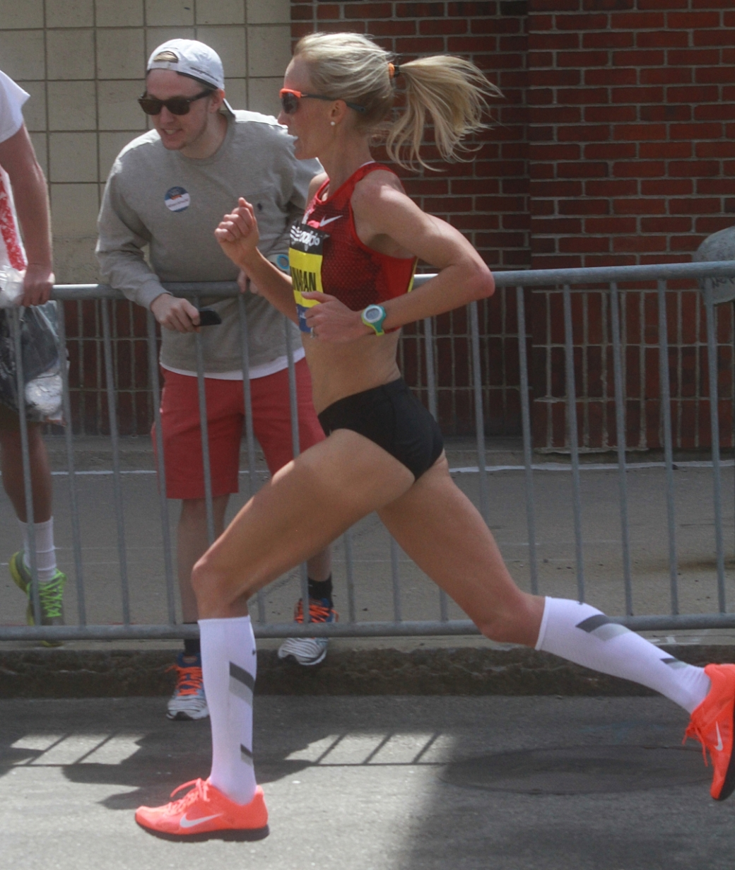 boston marathon april 21 beacon street elite runners shalane flanagan 3