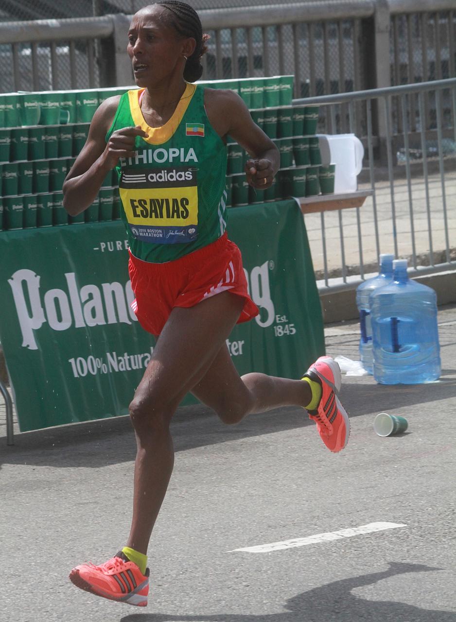 boston marathon april 21 beacon street elite runners yeshi esayias