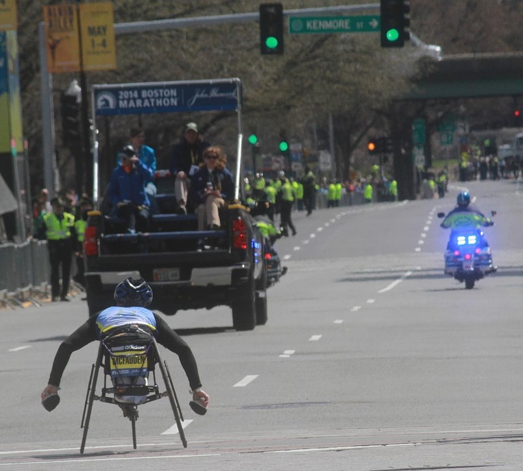 boston marathon april 21 beacon street handicapped marathon winner tatyana mcfadden