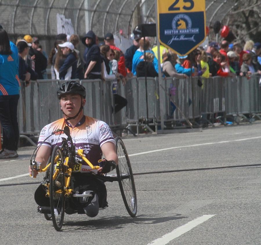 boston marathon april 21 beacon street handicapped racer mile 25 1