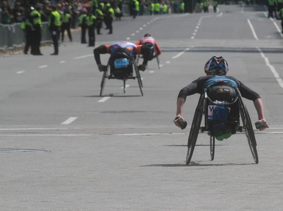 boston marathon april 21 beacon street handicapped racers kenmore square