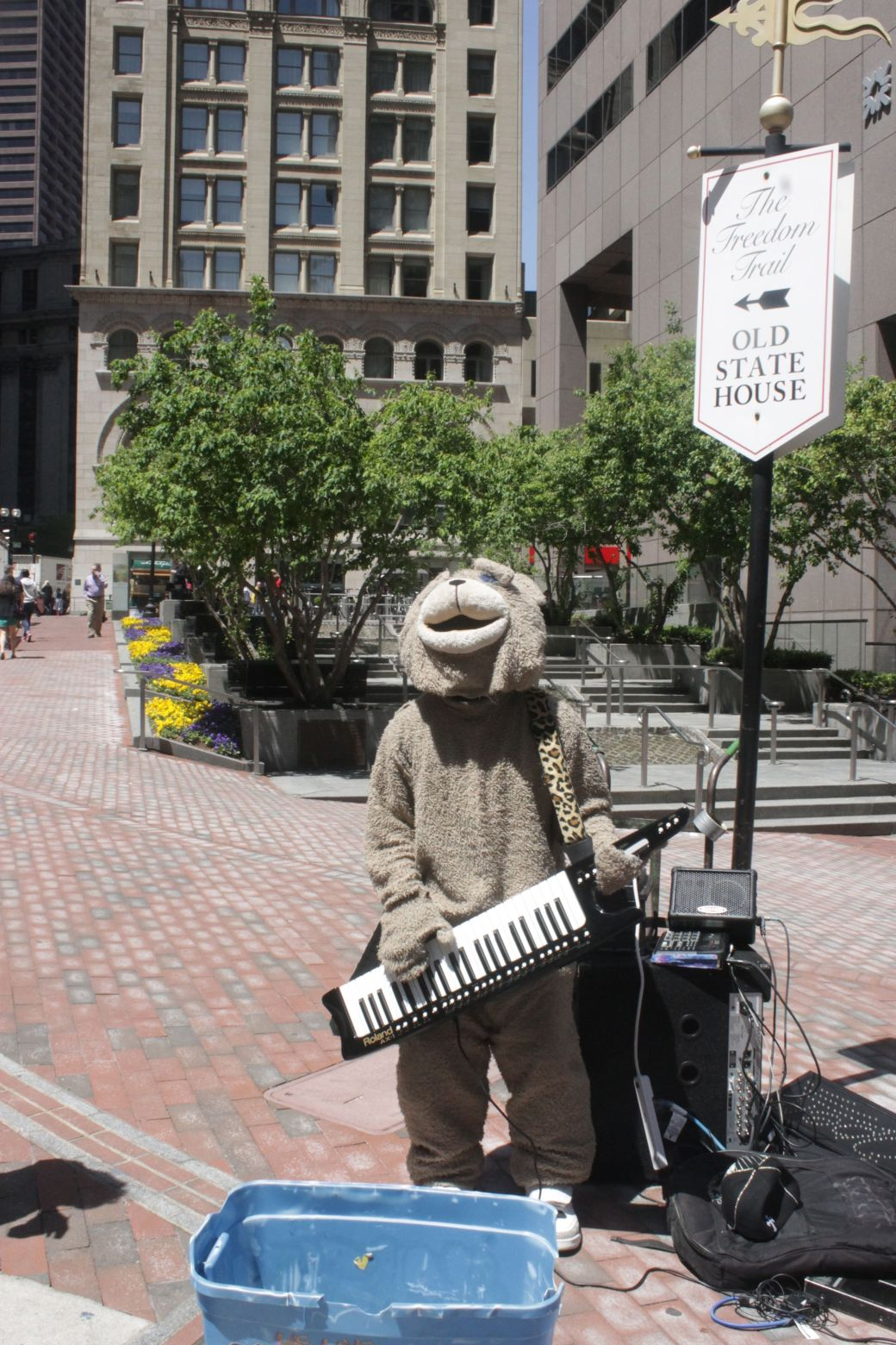 boston old state house keytar bear 1