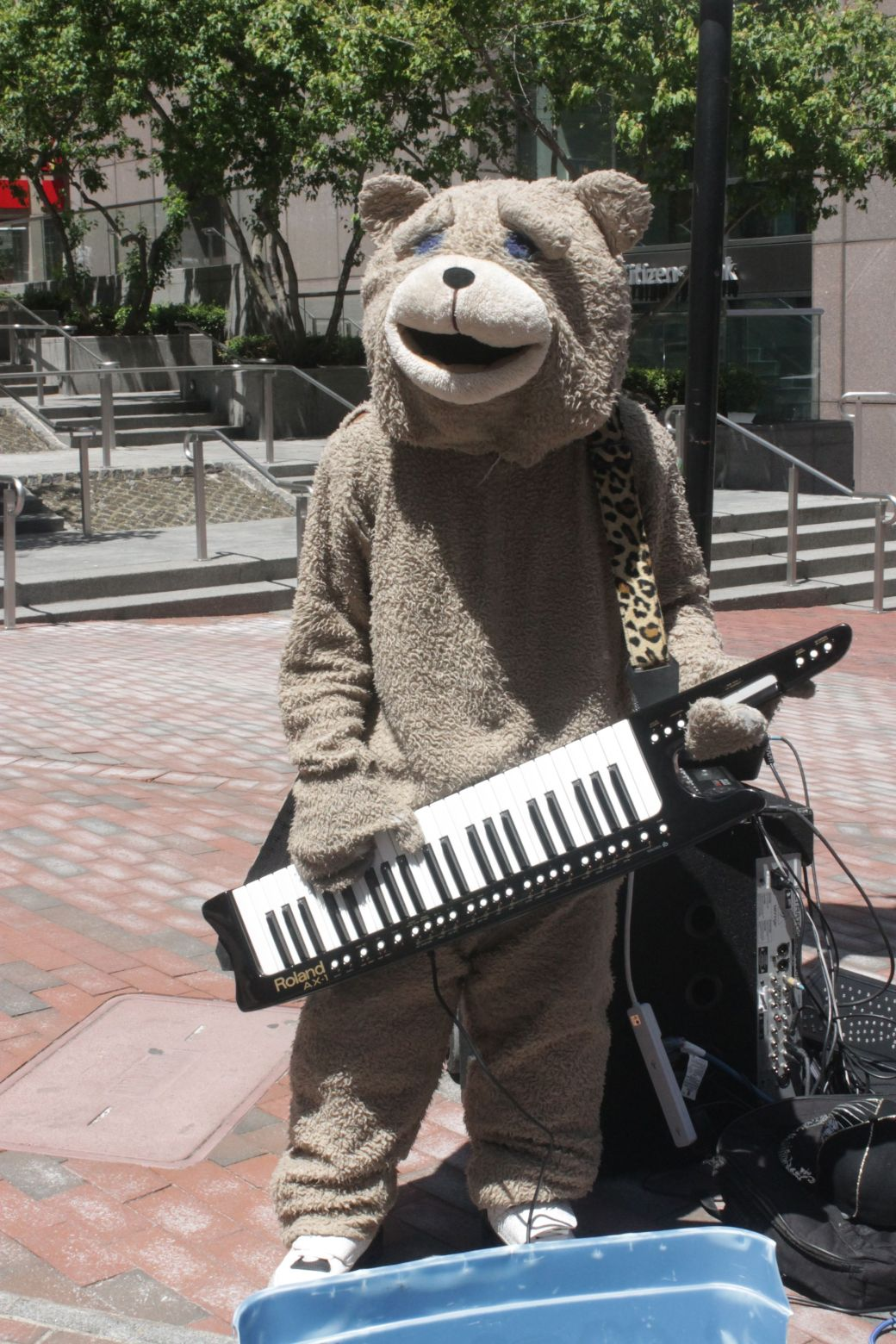 boston old state house keytar bear 2