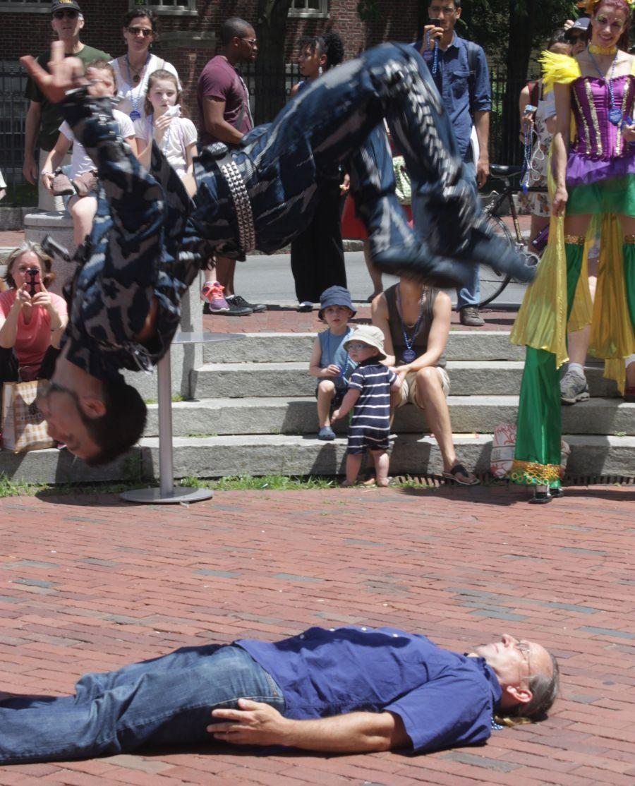 boston harvard square cirque du soleil performers 7