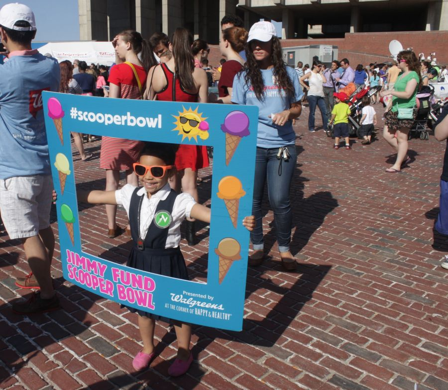 boston scooper bowl little girl with frame