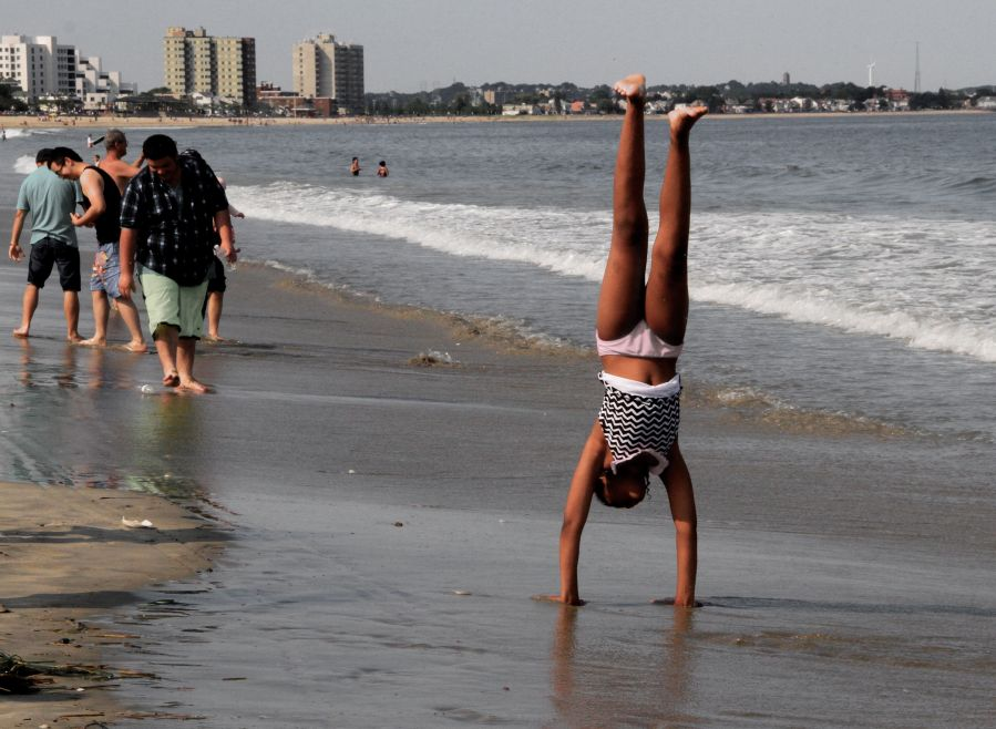 boston revere beach sand sculpting festival july 18 2014 handstand
