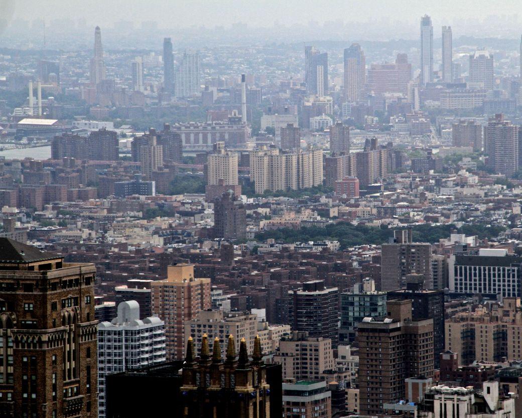 new york city rockefeller center top of the rock sky line view