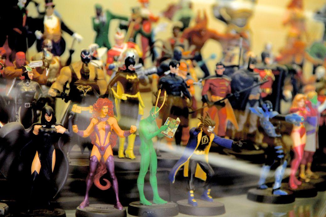 salem comic book store action figures