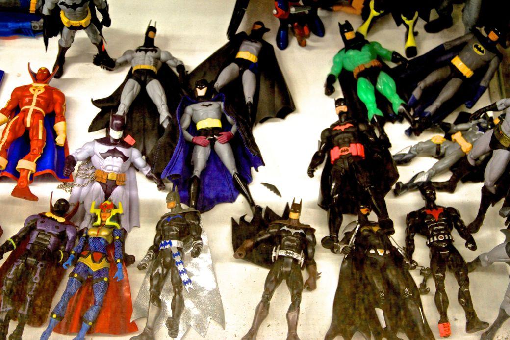 salem comic book store batman figurines