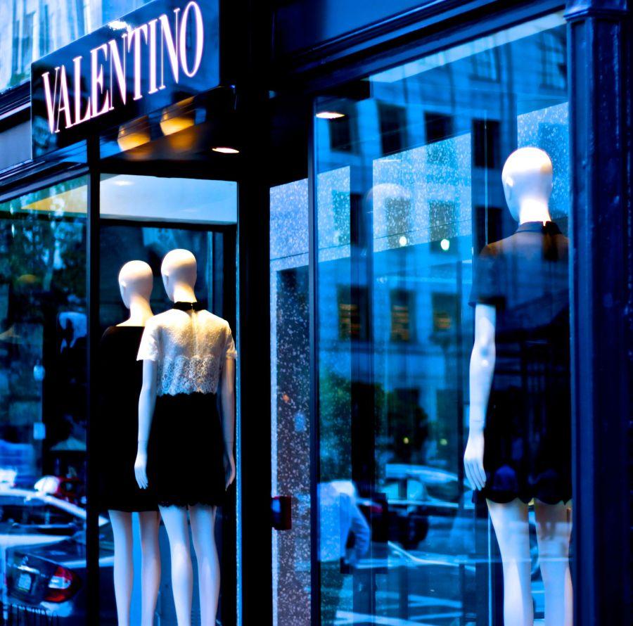 boston newbury street valentino store mannequins
