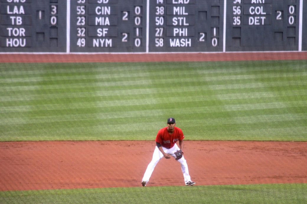 boston red sox fenway park game against yankees august 1 2014 red sox out fielder