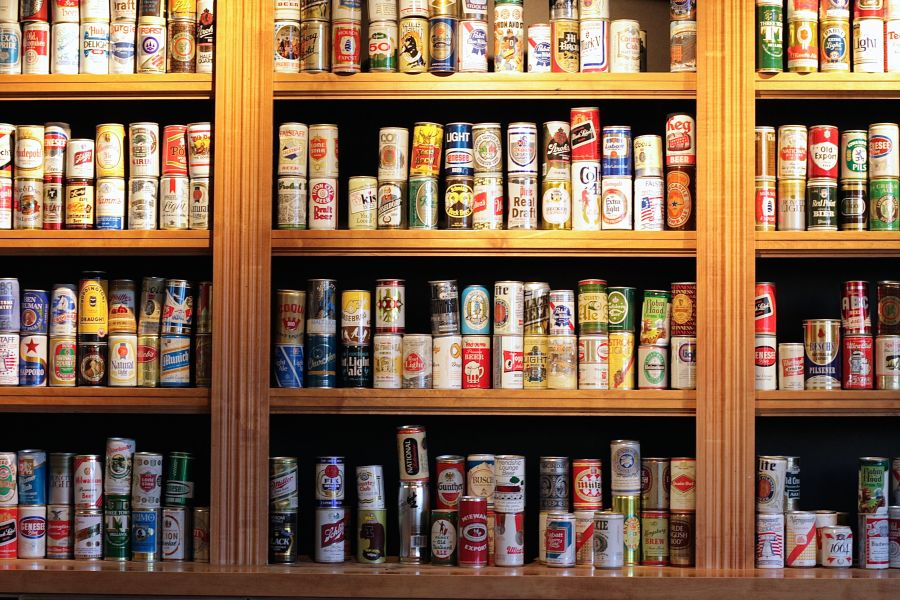boston harpoon brewery beer can collection