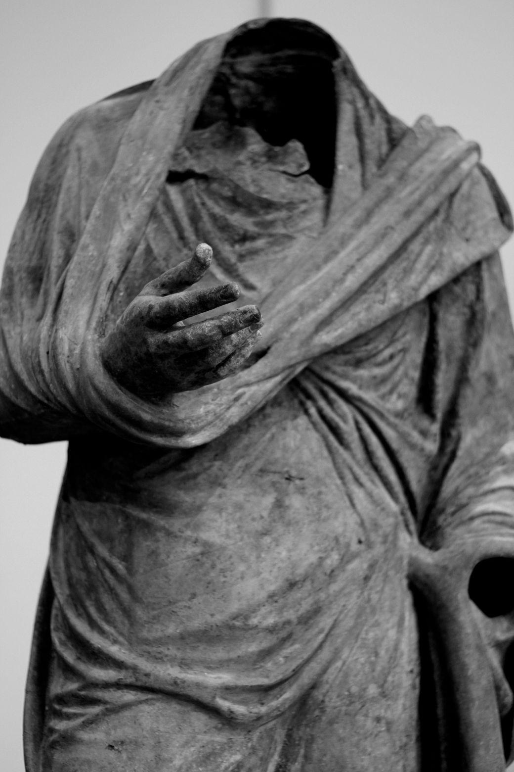 new york city metropolitan museum of art greek and roman sculpture 12