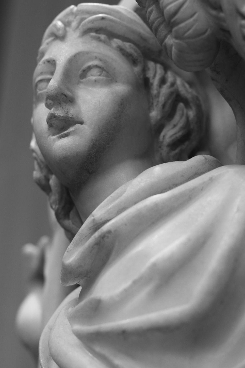 new york city metropolitan museum of art greek and roman statues 7