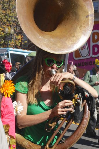 cambridge honkfest oktoberfest parade 14