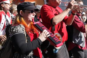 cambridge honkfest oktoberfest parade 20