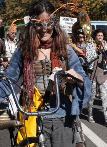 cambridge honkfest oktoberfest parade 3