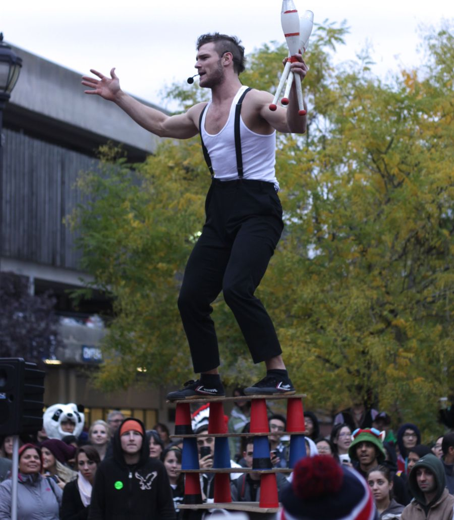 salem halloween october 31 2014 orion griffiths street performer 2