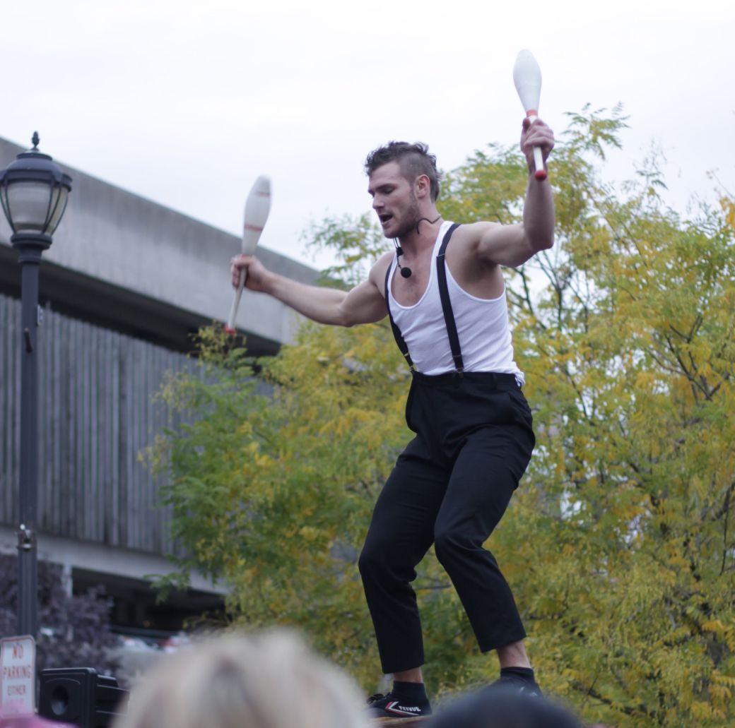 salem halloween october 31 2014 orion griffiths street performer