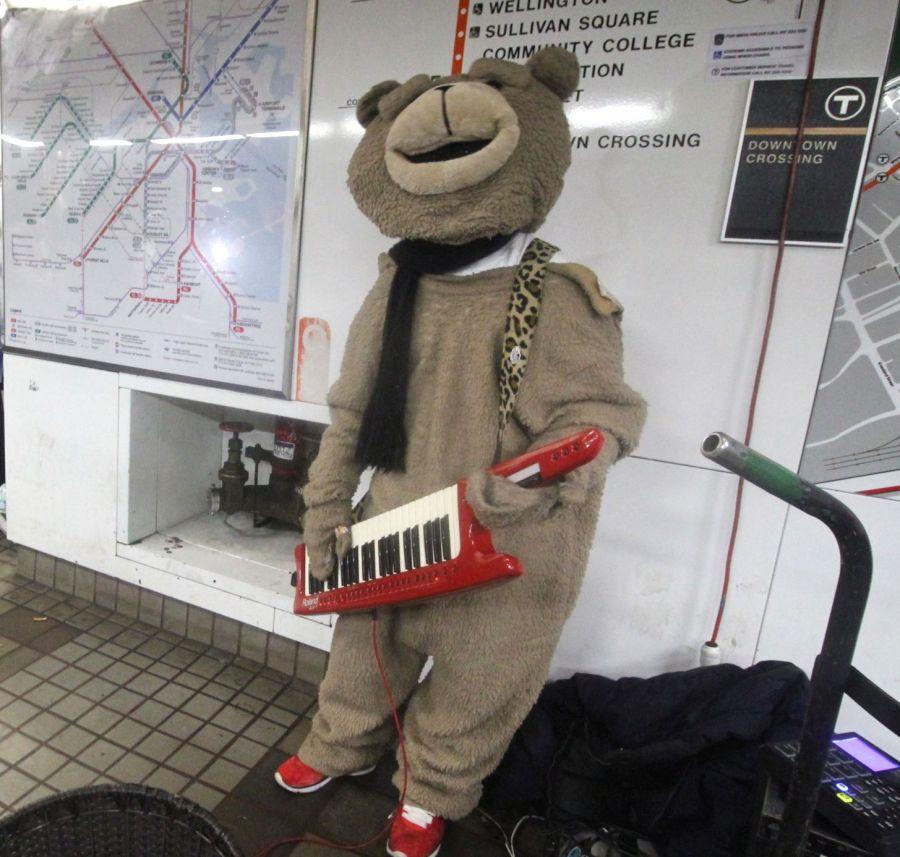 boston downtown crossing station keytar bear 4