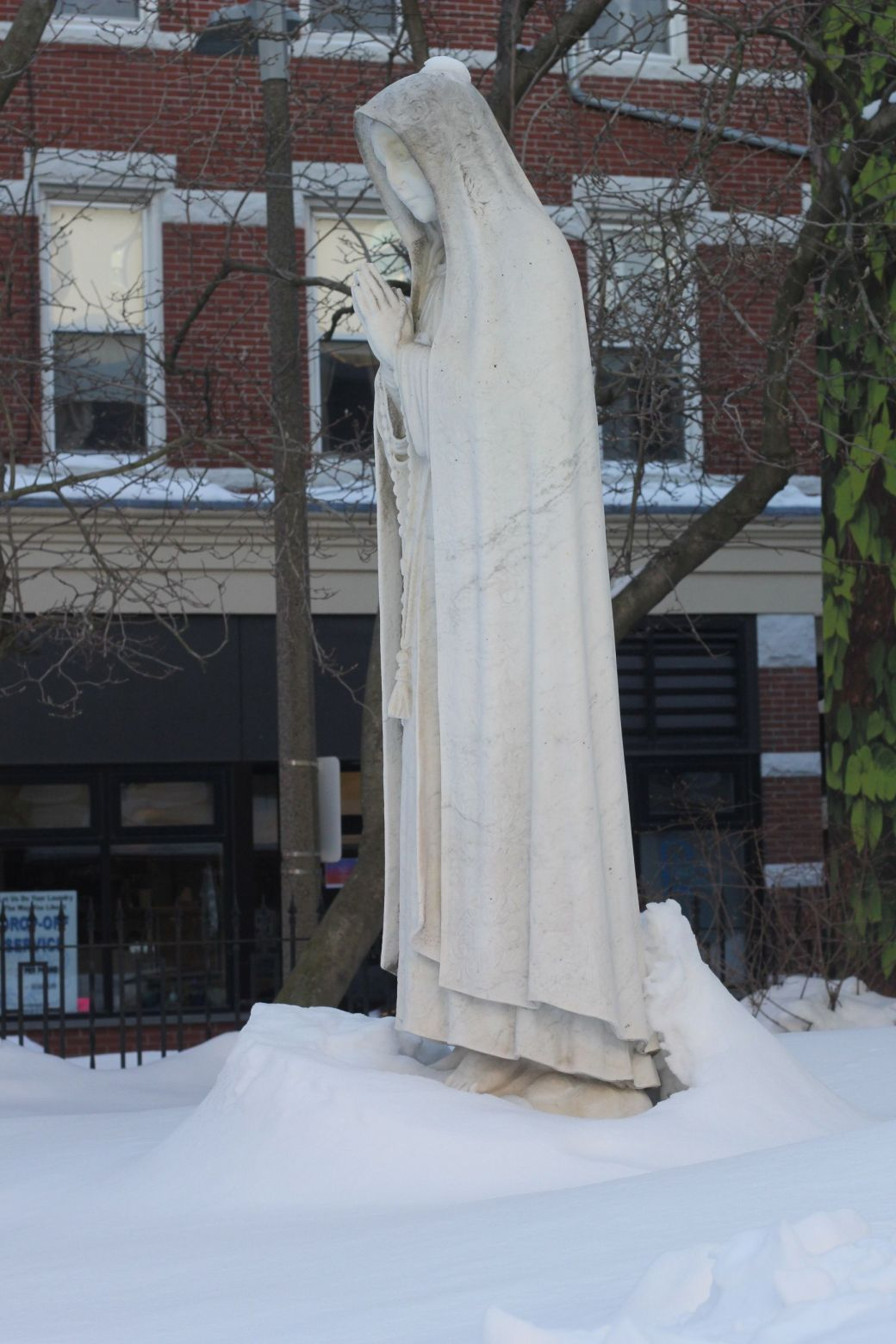 boston north end catholic church statues snow 3