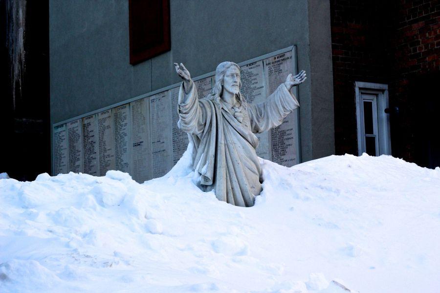 boston north end catholic church statues snow 4