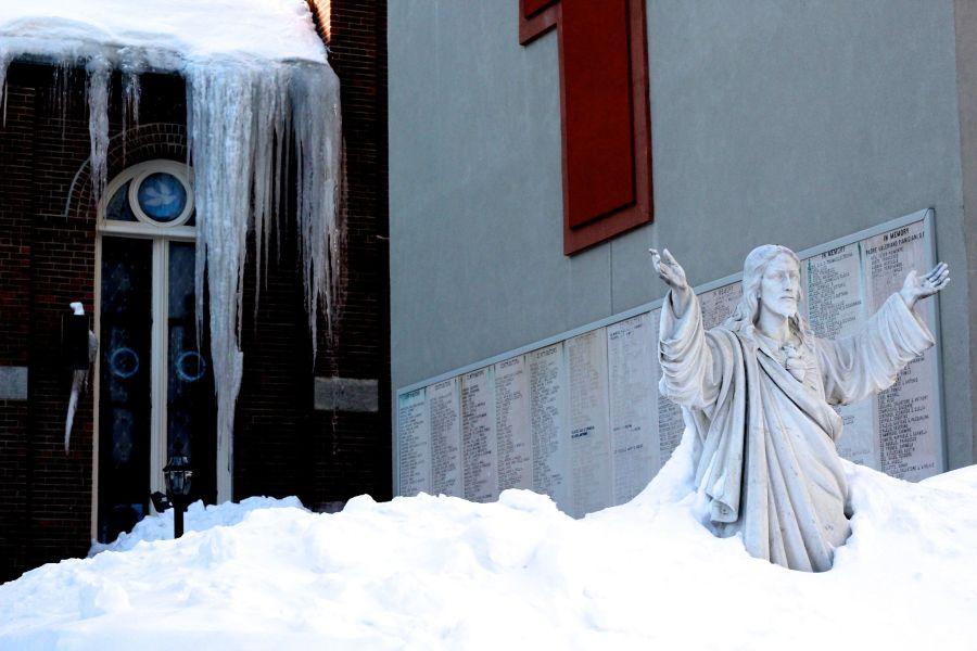 boston north end catholic church statues snow 5