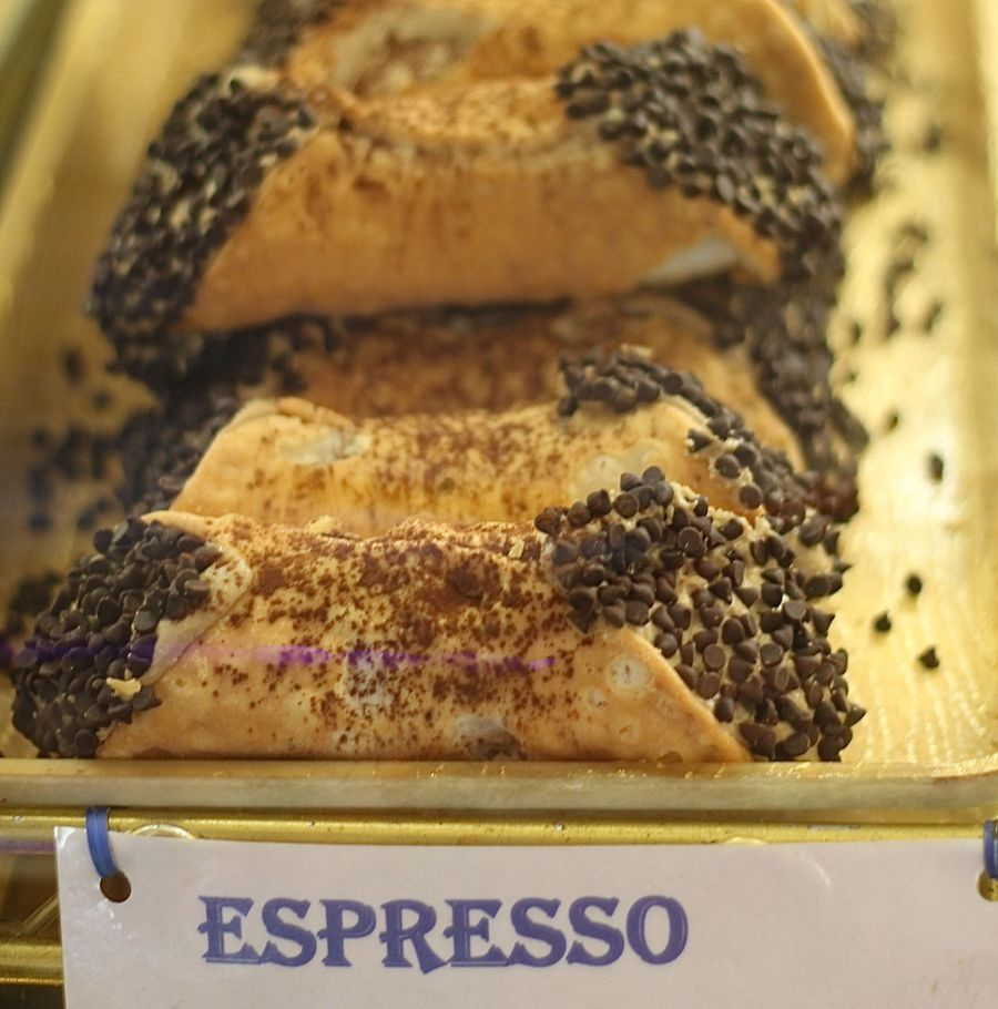 boston north end mike's pastry espresso cannoli