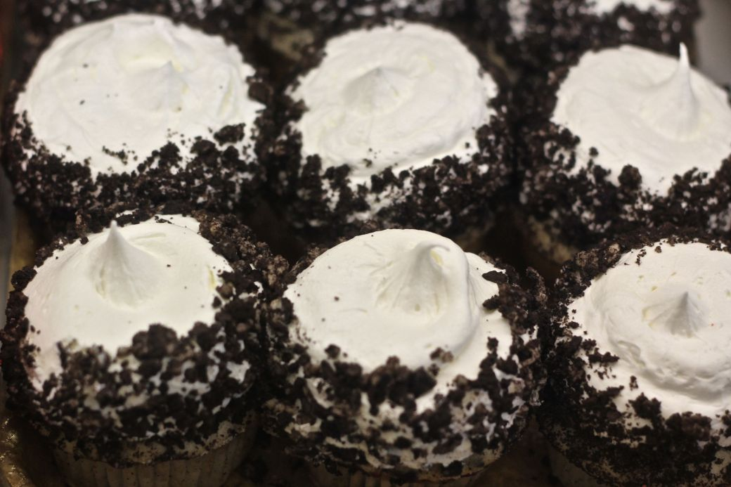 boston north end mike's pastry oreo cupcakes