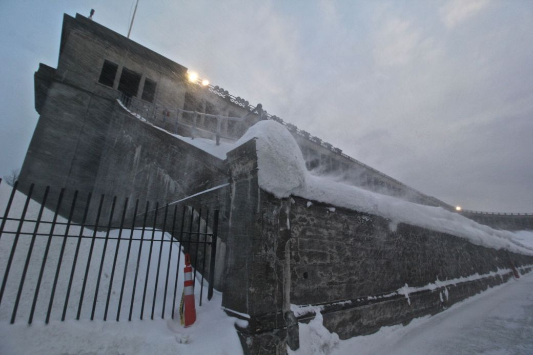 cambridge harvard harvard stadium snow february 19 2015 9