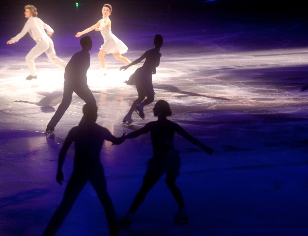 providence dunkin donuts center march 14 stars on ice charlie white meryl davis group skate