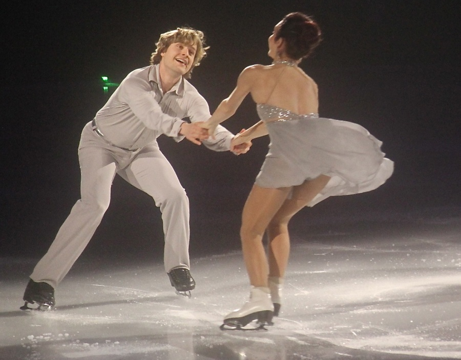 providence dunkin donuts center stars on ice march 14 2015 charlie white meryl davis pair skating