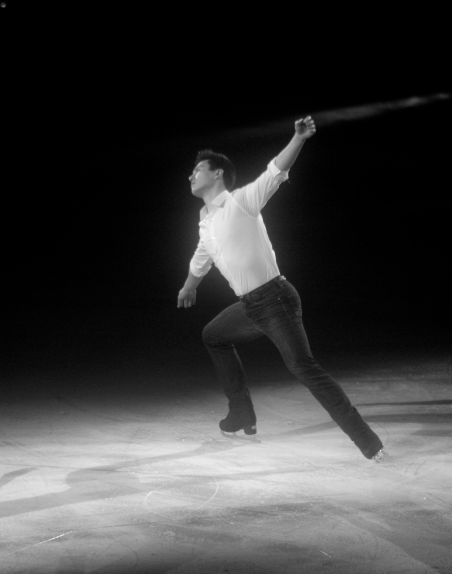 providence dunkin donuts center stars on ice march 14 2015 patrick chan black white