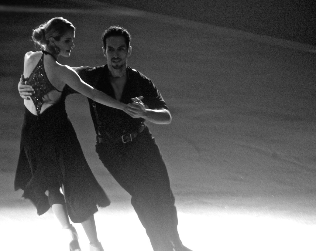 providence dunkin donuts center stars on ice march 14 2015 tanith belbin ben agosto black white
