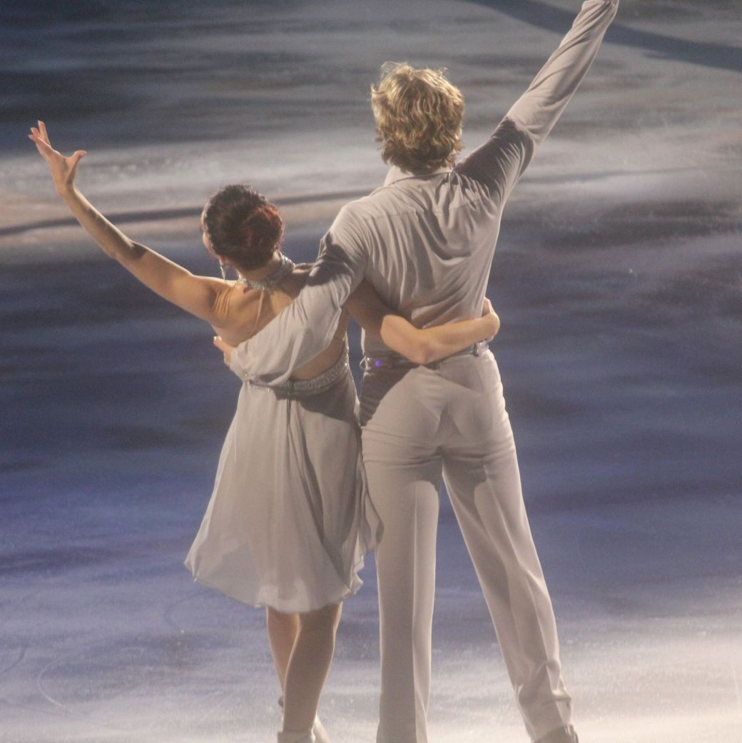 providence dunkin donuts center stars on ice march 14 charlie white meryl davis 2