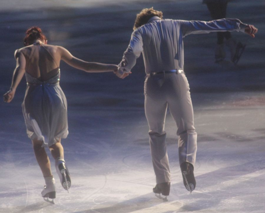providence dunkin donuts center stars on ice march 14 charlie white meryl davis 3