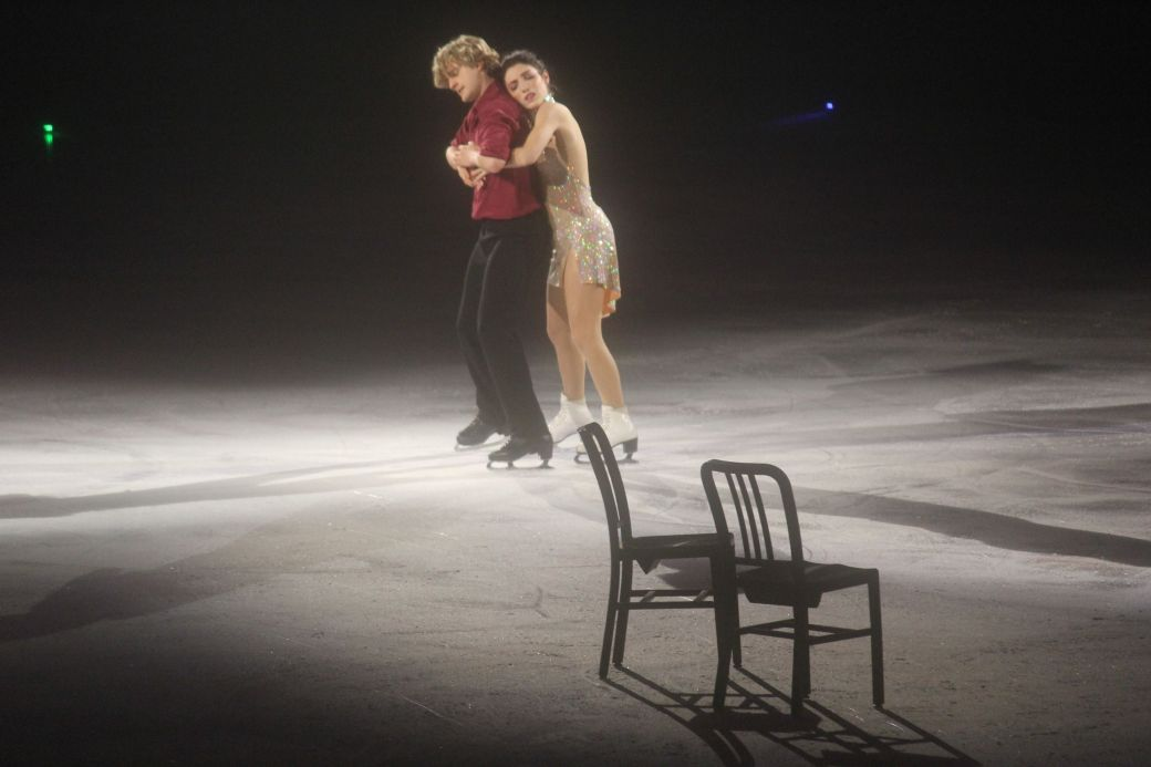 providence dunkin donuts center stars on ice march 14 charlie white meryl davis 8