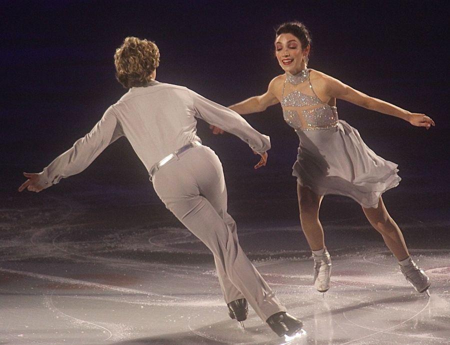 providence dunkin donuts center stars on ice march 14 charlie white meryl davis