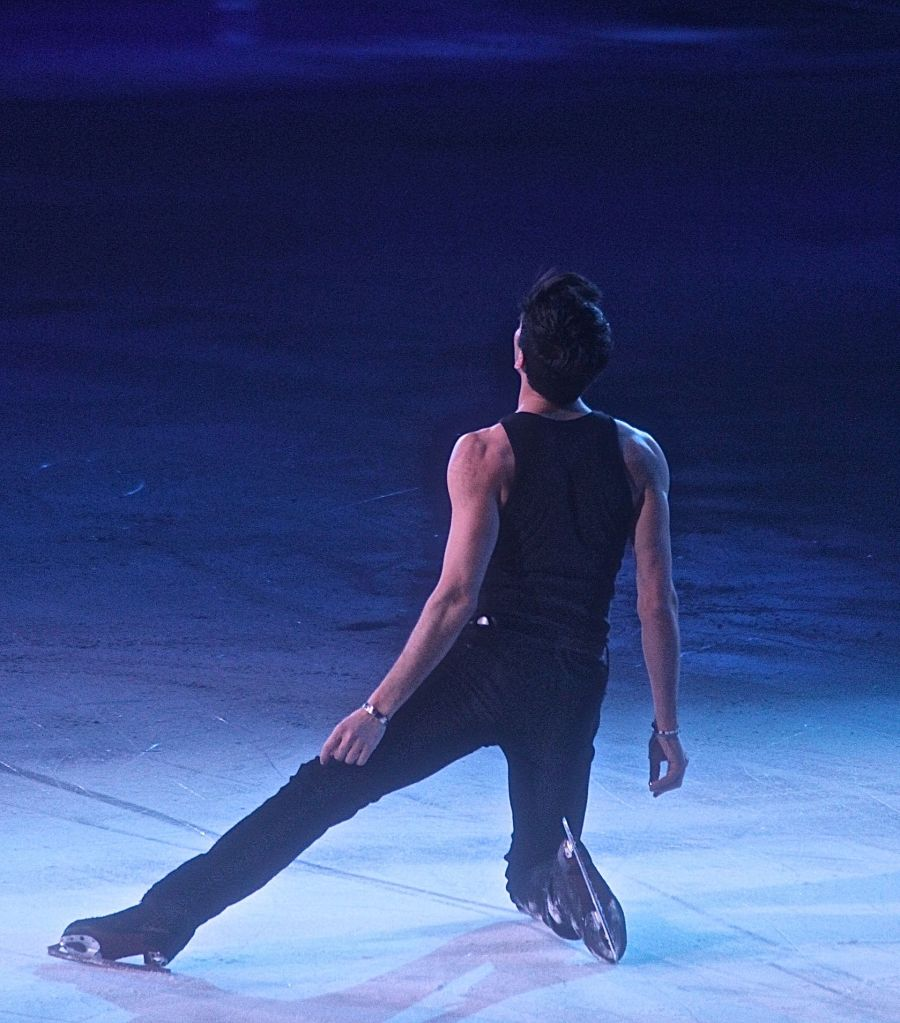 providence dunkin donuts center stars on ice march 14 evan lysacek 3